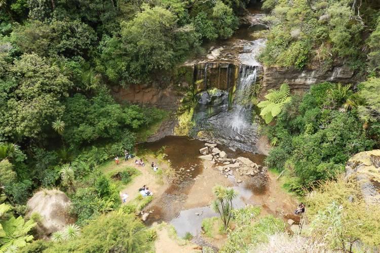 waitakere-waterfalls