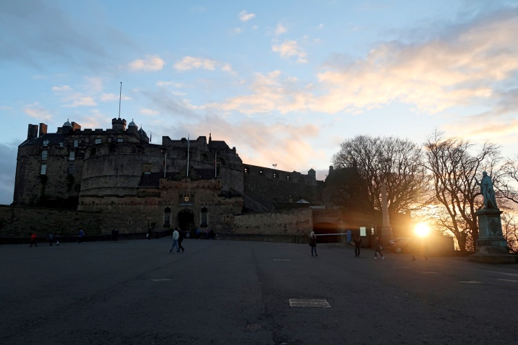 edinburgh-castle-at-sunset