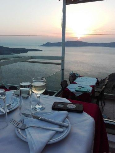 santorini-dinner-view