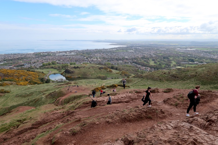 view-from-arthurs-seat-edinburgh