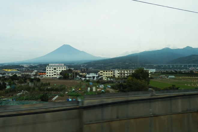 mt-fuji-from-shinkansen