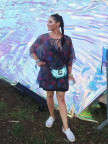 splore-dress-up